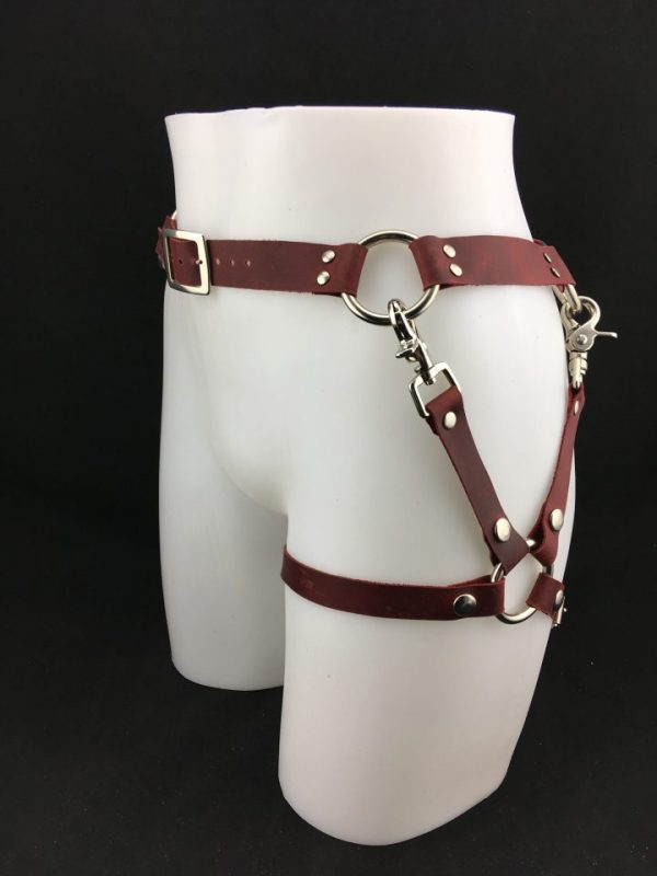 O-ring Belt with Leg harness in Cherry Red