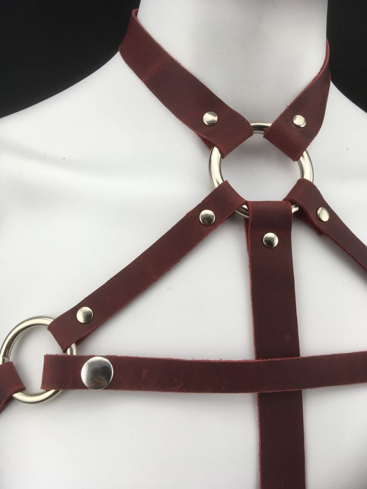 The Queen Leather Harness Red